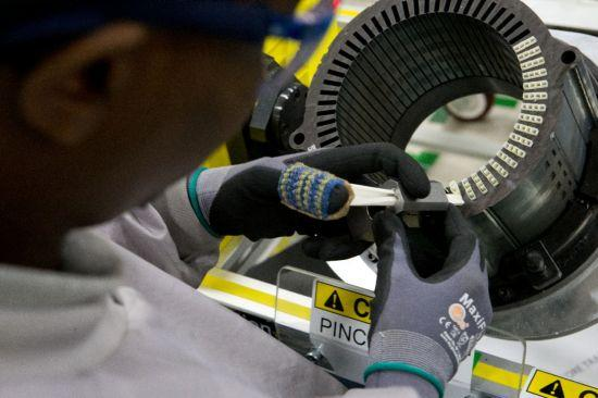 GM begins manufacturing Spark EV electric motor in Baltimore