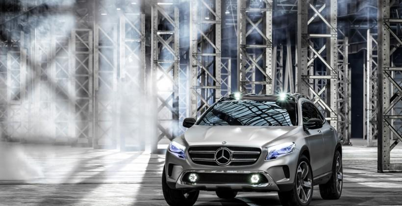 Mercedes-Benz GLA concept sports laser video projector headlights