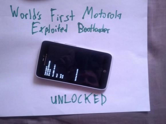 Developers have finally unlocked the bootloaders to Motorola phone 2