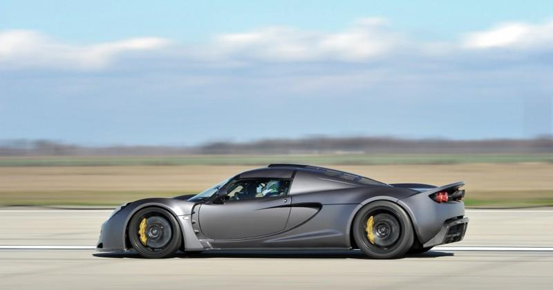 Hennessey Venom GT steals top speed record from Veyron 5