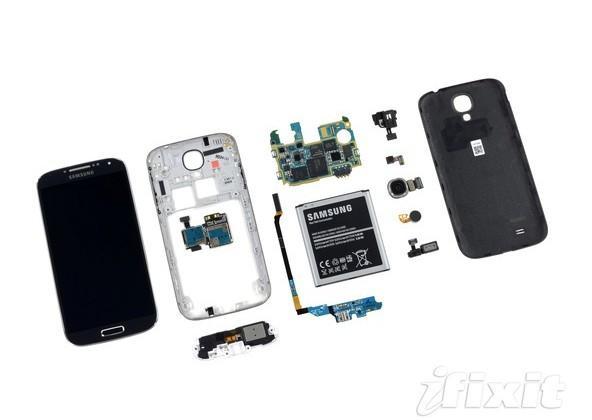 Samsung GALAXY S 4 innards spilled in iFixit teardown