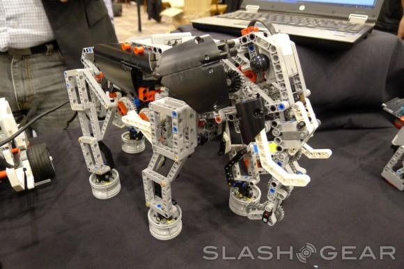 Lego Mindstorms EV3 set to invade classrooms