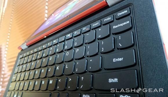 lenovoyoga11-keyboardup