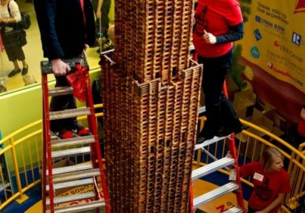 Giant Lincoln Log tower sets a new Guinness World Record
