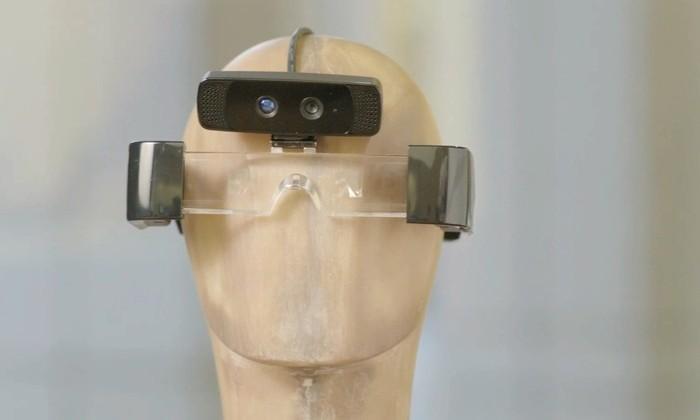 Meta 1 augmented reality headset fully detailed on Kickstarter