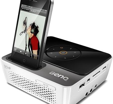 BenQ Joybee GP3 projector comes dock-ready for iPhones