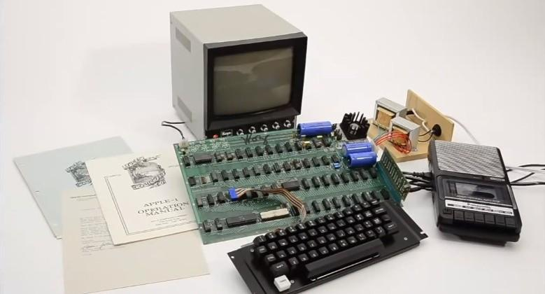Handmade and first Apple 1 computer sold for nearly $700k