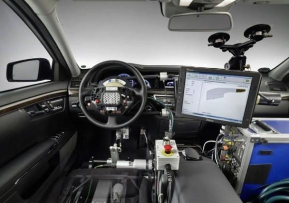 google_self-driving_car_dashboard