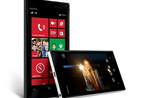 Nokia Lumia 928 pictured plus iPhone 5/GS3 camera showdown