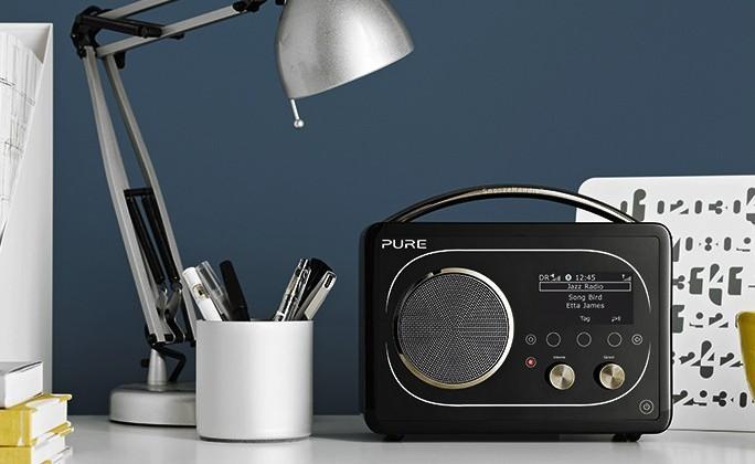 Pure Evoke F4 digital radio and streamer looks retro (but isn't inside)