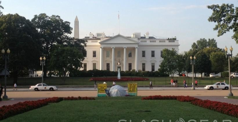 White House hires Twitter legal director as chief privacy officer