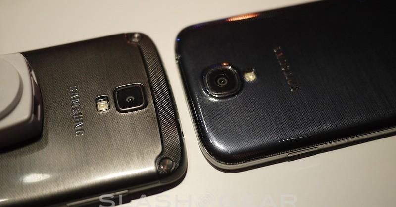Samsung Galaxy S4 Active hands-on: sizing up and under water