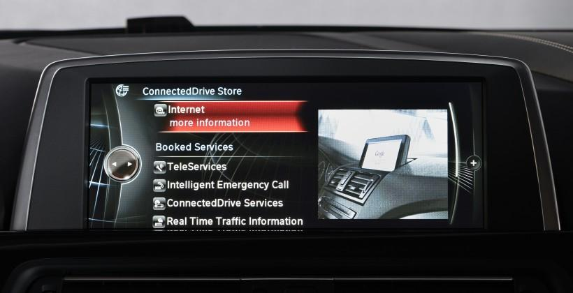 BMW ConnectedDrive expanded with Siri and S-Voice