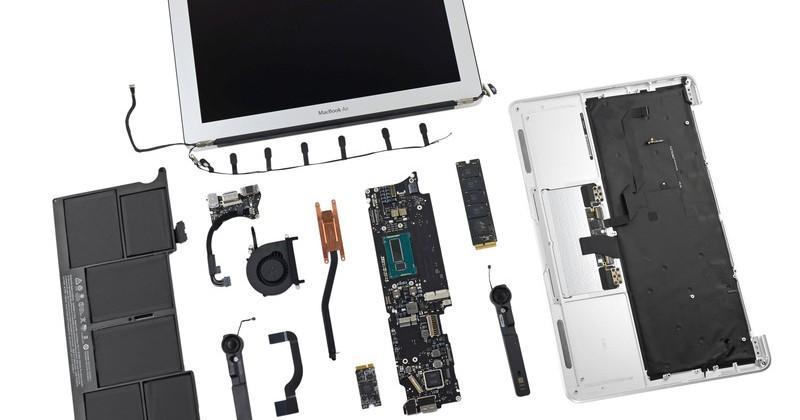 MacBook Air 11 2013 teardown breaks up baby Haswell