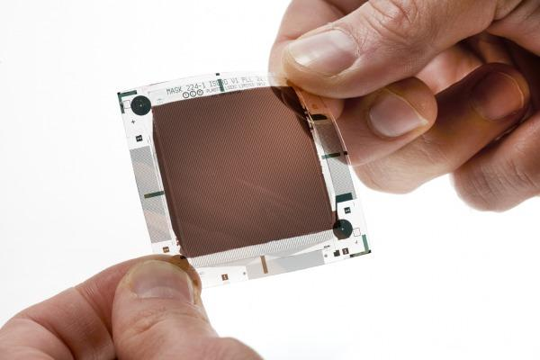 Flexible plastic camera sensor headed to smartphones, wearables and more