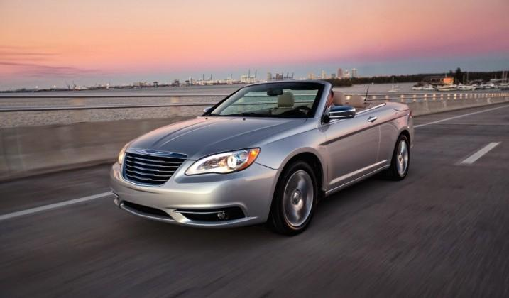 Chrysler recalls nearly half a million vehicles over head restraint issue