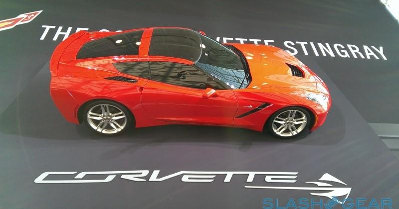 2014 Chevrolet Corvette C7 manages 30mpg (with a light foot)
