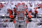 Tesla Model S factory tour shows Elon Musk's robot army
