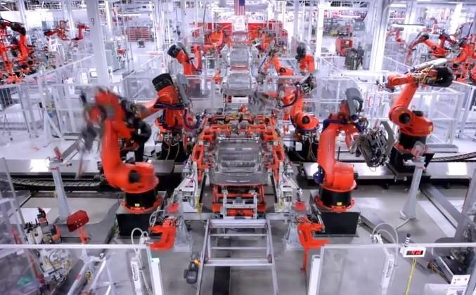 Tesla Model S factory tour shows Elon Musk's robot army