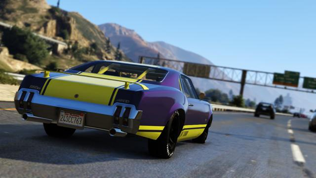 """Grand Theft Auto V screenshots show off the """"fast life"""" in Los Santos"""