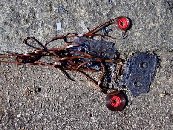 broken_cassette