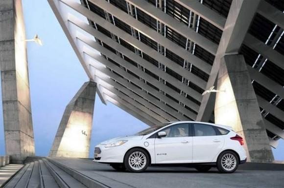 2014 Ford Focus Electric gets a 10% MSRP reduction