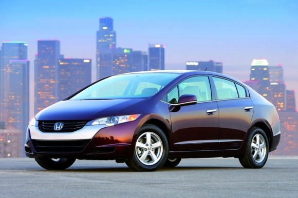 GM and Honda fuel-cell team sees engines and infrastructure come 2020