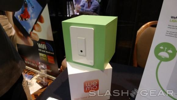 Belkin WeMo Light Switch arrives for 21st-century WiFi alternative to The Clapper