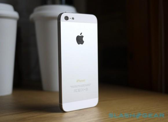 iPhone 5S production this month for fall release, says analyst