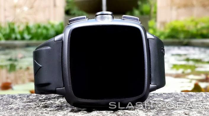 Omate TrueSmart smartwatch bringing dual-core Android with a camera