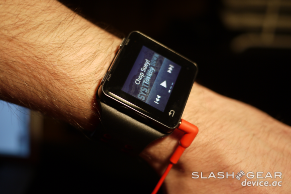 LG G Watch leads the wearables way as Glass tips Google integration