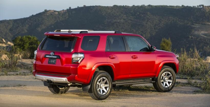 2014_Toyota_4Runner_Trail_009