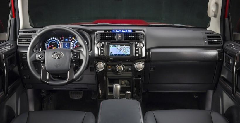 2014_Toyota_4Runner_Trail_013