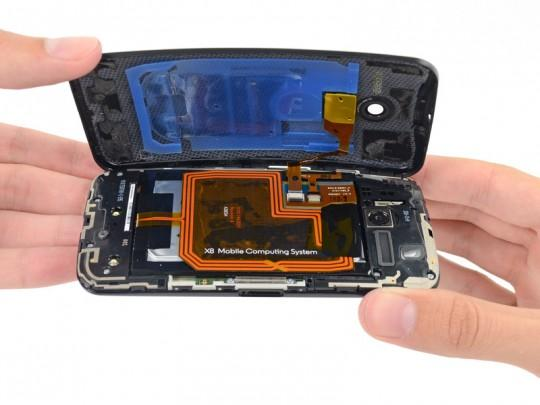 Moto X iFixit teardown shows ample glue, scores 7 out of 10