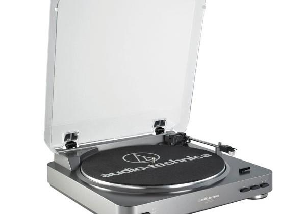 Audio-Technica AT-LP60 LP to digital turntable supports PC and Mac
