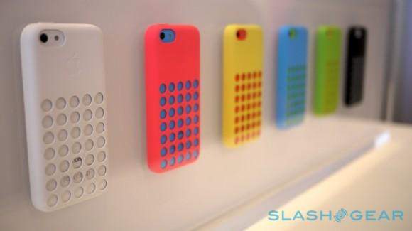 iphone_5c_cases_hands-on_sg_0