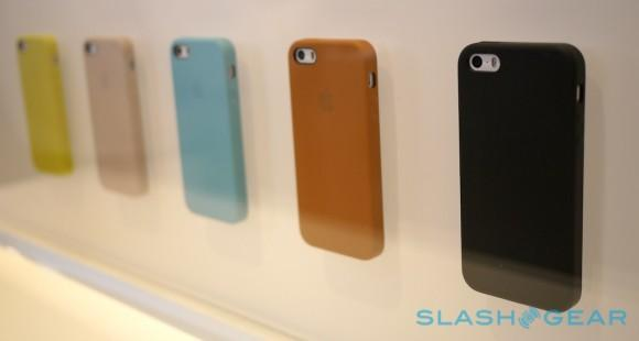 iphone_5s_cases_hands-on_sg_0
