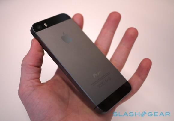 iPhone 5s will go up for pre-order in China next week