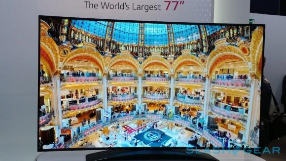lg_77-inch_ultra_hd_curved_oled_eyes-on_5