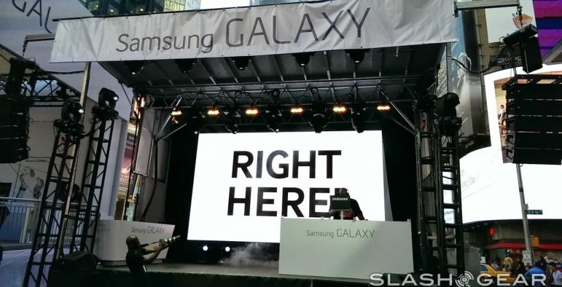 Samsung Galaxy Note 3 and Galaxy Gear smartwatch take over Times Square