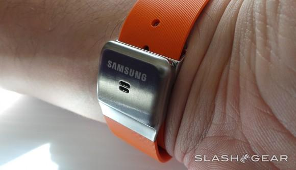 sg_samsung_galaxy_gear_09