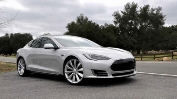 Tesla to also make self-driving car, ready in three years