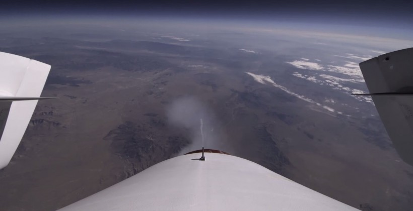 Virgin Galactic shows off SpaceShip Two test flight tail-cam video