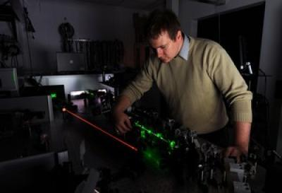 10-terawatt laser fits on a desktop