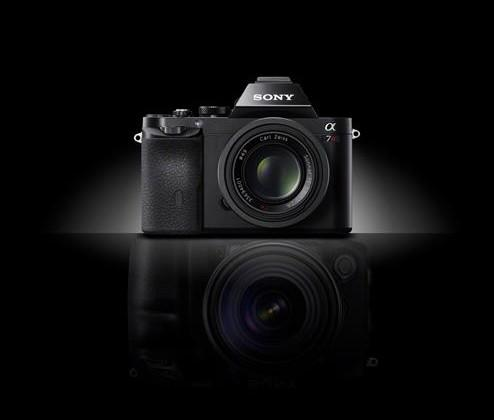 Sony A7 & A7r offer mirrorless full-frame photography in a small portable package