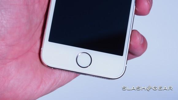 """iPhone 5s 64-bit processor """"front end of a long roadmap"""" says Tim Cook"""