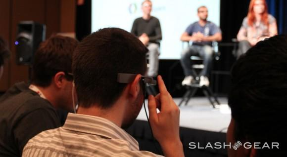 Microsoft Google Glass rival in the works