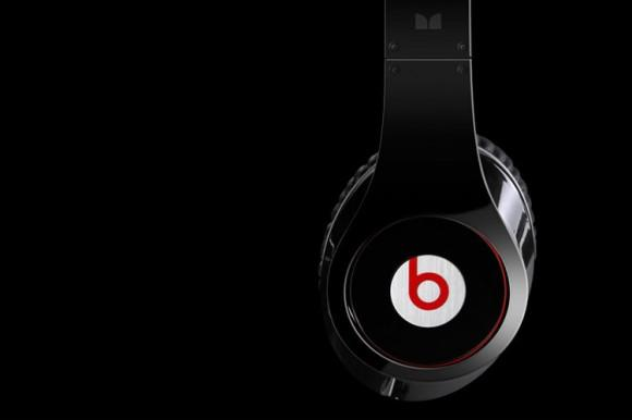 """Beats Music launch in """"next few months"""" with curated playlist AI"""