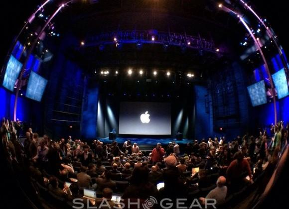 Apple quarterly earnings for Q4 2013 show record sales for full year
