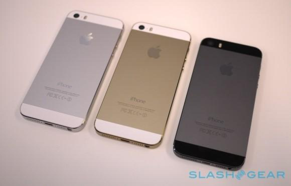 Gold iPhone 5s demand becomes reasonable while supply stays mysterious